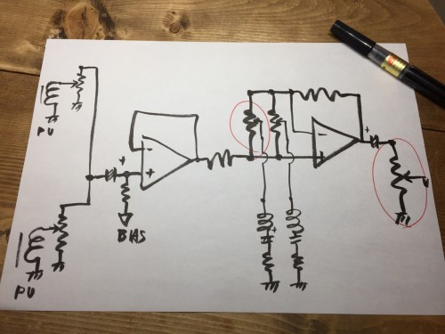 プリアンプの回路図を予想