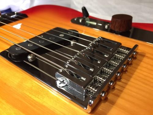 弦高調整ネジの交換