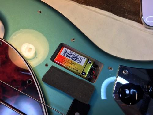 電池を入れるキャビティの例