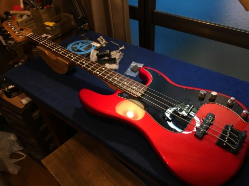Fender MEX Deluxe Active PJ Bass Special