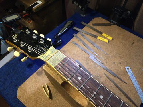 弦溝を作る